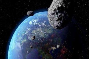 Un asteroide masivo se acercará este lunes a la Tierra