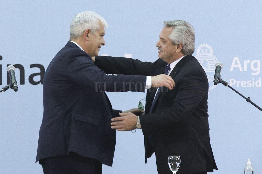 El Presidente Alberto Fernández le tomó juramento este lunes a Julián Domínguez y al resto de los nuevos integrantes de su gabinete. Crédito: NA
