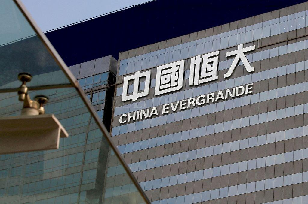 Temen una crisis financiera mundial por la debacle de un gigante inmobiliario chino -  -