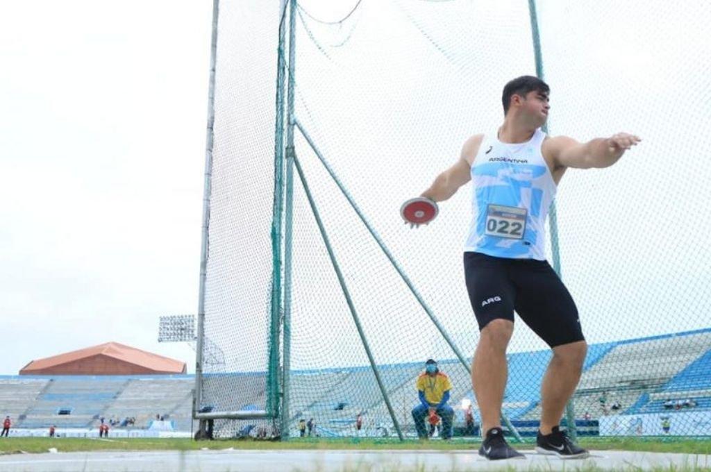 Nazareno Sasia brilló y se colgó dos medallas en el torneo.