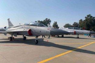 El Gobierno analiza la compra de aviones militares a China