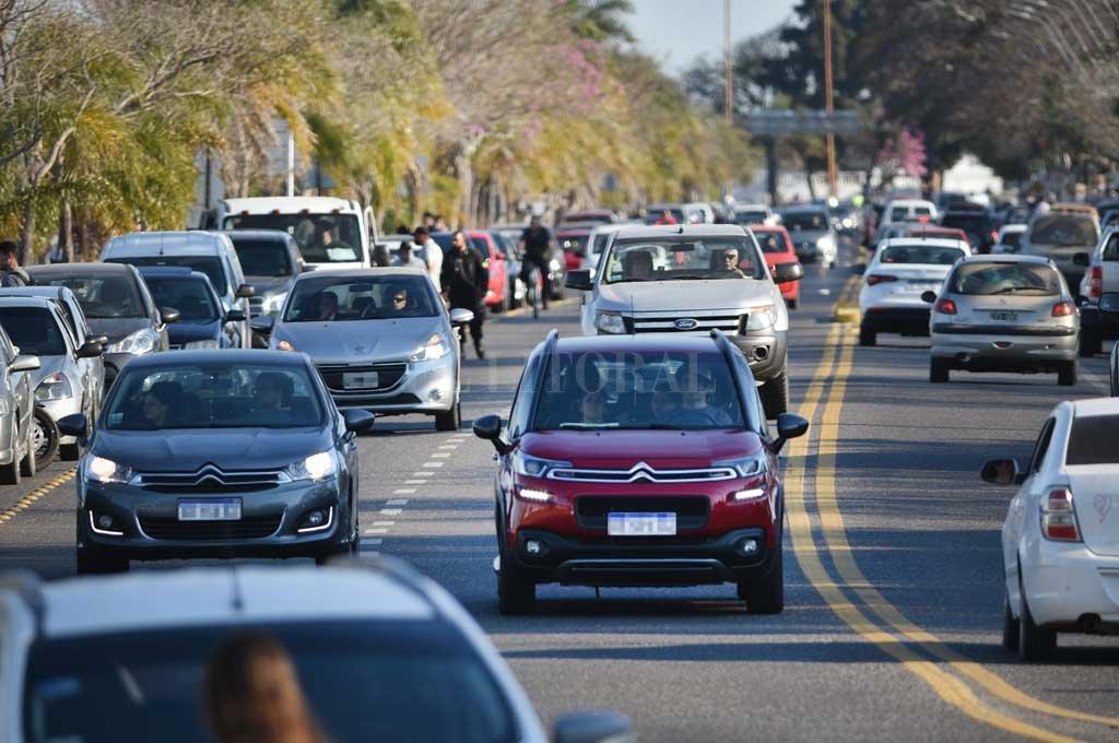 Santa Fe espera el DNU para acoplarse a las nuevas flexibilizaciones -  -