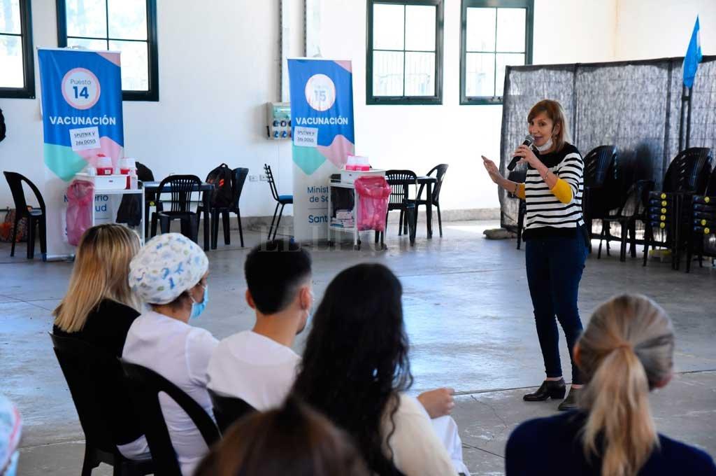 Soledad Guerrero es una de las expertas encargadas de brindar información a vacunadores de Rosario y Santa Fe. Crédito: Gentileza