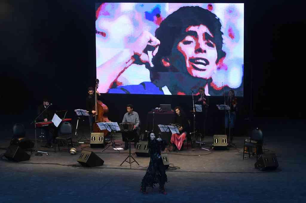 Homenaje a Diego Armando Maradona en el Parque Centenario Crédito: Télam