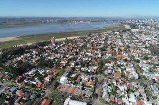 En silencio, el Río Paraná sigue en descenso en Santa Fe -  -