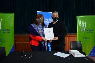 La Comuna de Sauce Viejo firmó un convenio para fortalecer el área de género y diversidad