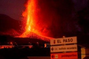 Video: La lava del volcán de La Palma arrasó unas 240 hectáreas y continúa su avance