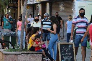 Corrientes ratificó el uso del barbijo y tramita la apertura de fronteras
