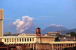 El Volcán de Fuego entró en erupción en Guatemala
