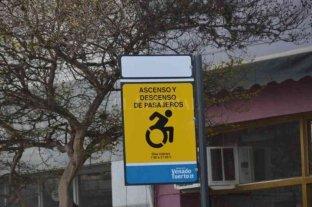 Renuevan nomencladores y delimitación de áreas de estacionamiento en Venado Tuerto