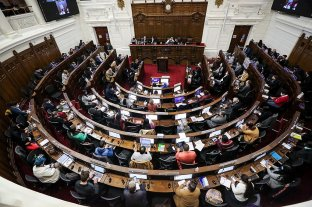 Por dos casos de Covid-19, la Convención Constituyente chilena suspendió sesiones hasta el lunes