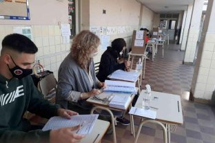 Oficialismo y oposición buscan los votos de quienes no emitieron sufragios en la PASO