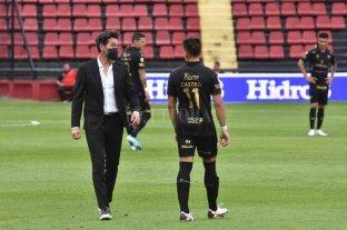 Domínguez piensa en línea de cinco para ir a la Bombonera