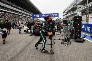 Hamilton ganó el GP de Rusia y alcanzó las 100 victorias en la Fórmula 1