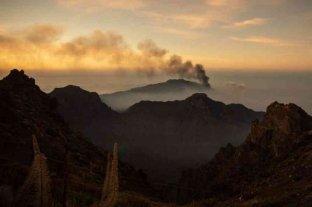 El volcán de La Palma detiene su actividad
