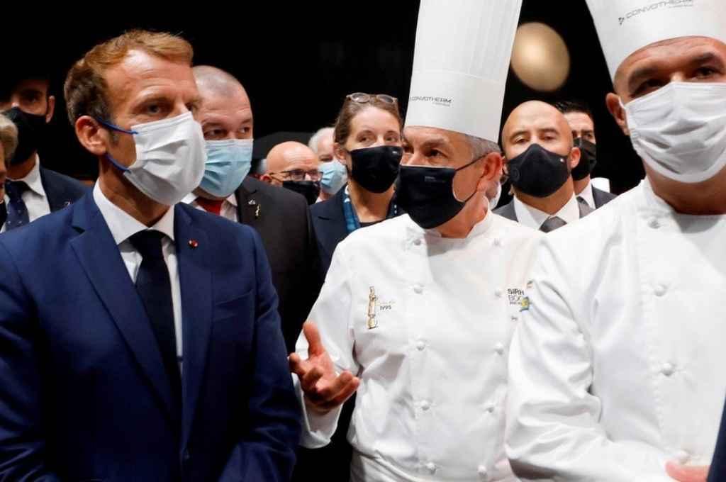 Emmanuel Macron en la feria gastronómica. Crédito: Gentileza