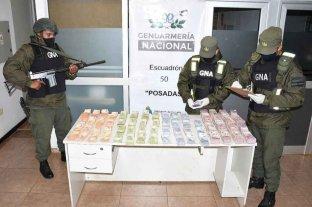 Viajaba a Corrientes con más de tres millones de pesos ilegales en su camioneta