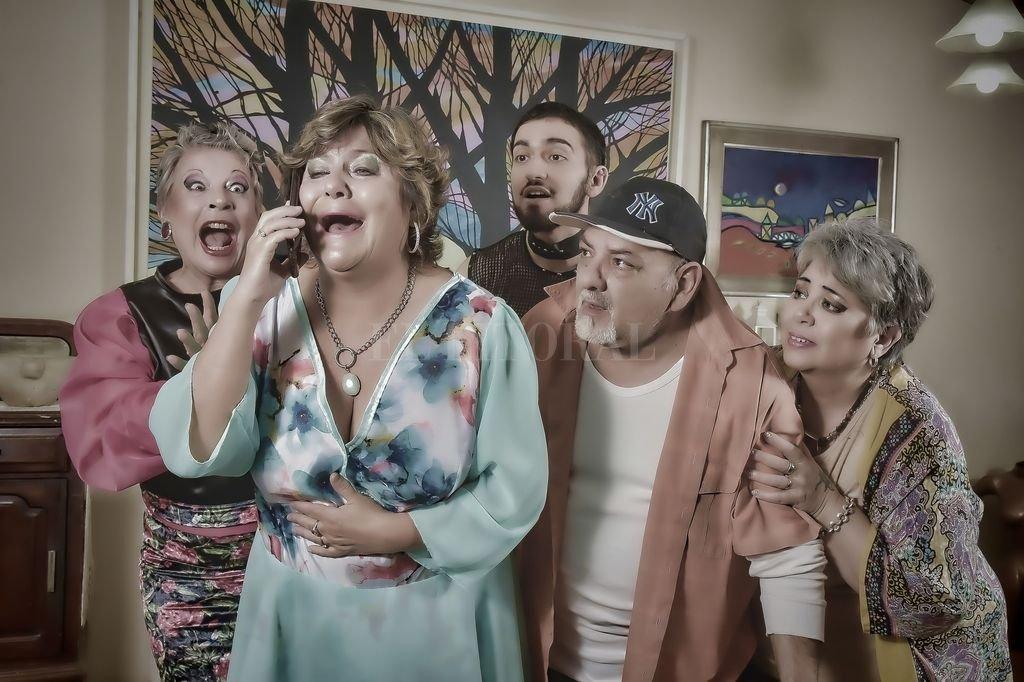 La actriz Alejandra Digliodo, quien forma parte del elenco, señaló que si bien es difícil hacer comedia, ya que es un género que suele estar ninguneado, mucha gente lo elige.  Crédito: Gentileza Gabriel Drago