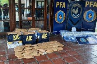 Se quemaron más de 400 panes de droga incautada por la Agencia de Investigación Criminal