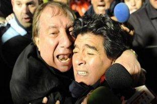Finalmente, le contarán a Bilardo que Diego Maradona murió