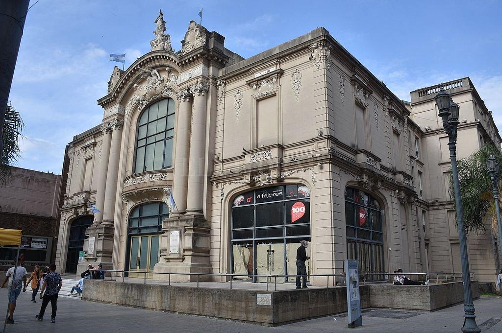 El Teatro Municipal 1° de Mayo, una de las