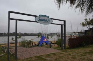 Avanzan las tareas de mantenimiento en las playas de la ciudad de Santa Fe