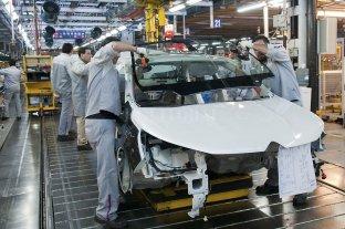 Eliminan derechos de exportación para la industria automotriz
