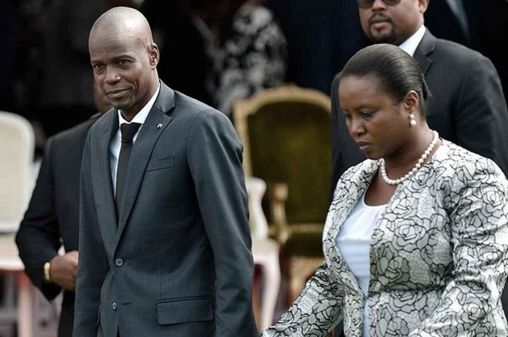 Martine Etthiene, viuda de Jovenel Moise (a su derecha). Sobrevivió al ataque en el que murió su esposo.    Crédito: Gentileza