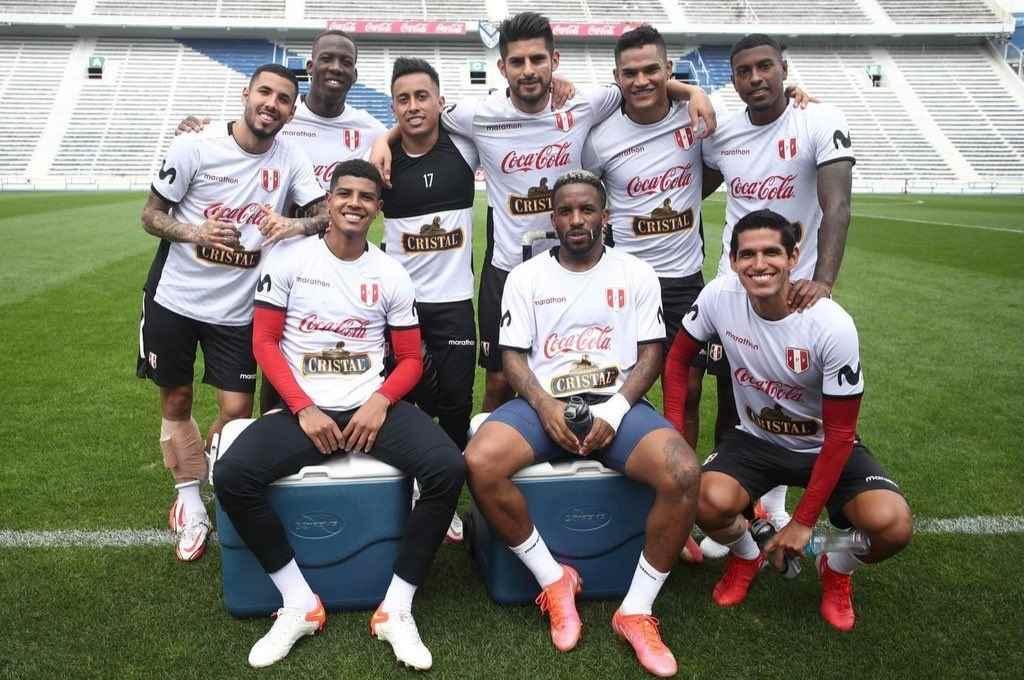 La selección peruana entrenó ayer en el estadio de Vélez y hoy lo hacía en Boca.   Crédito: Gentileza