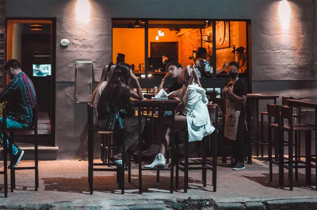 El bar se encuentra en Las Heras al 3400, a metros de Bulevar Gálvez. Crédito: Gentileza