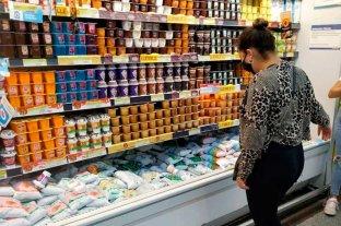 No hubo acuerdo con las industrias alimenticias y el Gobierno congeló los precios por resolución -