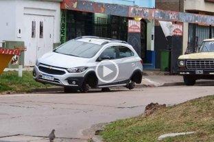 Ciudad de Santa Fe: dejaron sin las cuatro ruedas a un automóvil en mitre al 4500  -