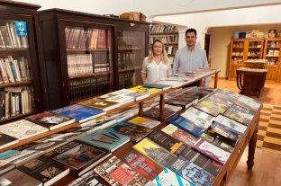 Donaron la biblioteca personal del juez Bonadio a una institución santafesina