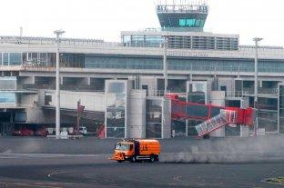 El aeropuerto de La Palma vuelve a suspender vuelos por otra nube de ceniza