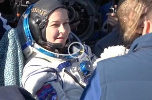 """Video: los cineastas rusos volvieron a La Tierra tras filmar  """"El desafío"""" en la Estación Espacial Internacional"""