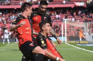 Con un golazo de Alexis Castro, Colón le ganó a Talleres en Santa Fe