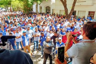 Con reclamos a la política provincial y nacional, camioneros de Santa Fe conmemoraron el Día de la Lealtad