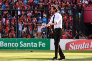 """Domínguez: """"Un equipo que incomoda a todos, prácticamente no nos pateó"""" -"""