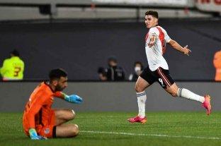 Con triplete de Julián Álvarez, River superó a San Lorenzo y sigue puntero de la tabla de posiciones