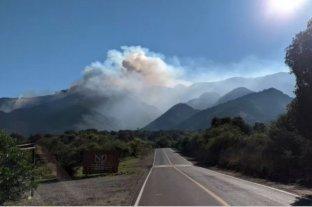 Siguen los incendios en el límite entre Córdoba y San Luis