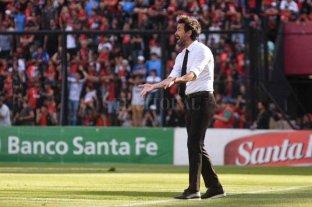 Eduardo Domínguez fue elegido como mejor técnico de la fecha