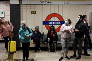 El Gobierno británico no impondrá nuevas restricciones pese al incremento de casos de Covid