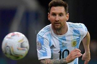 La magia de Messi y la pelota que dobla