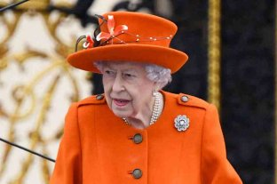La reina Isabel II guarda reposo por consejo médico