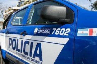 Córdoba: un limpiavidrios le rompió un balde en la cabeza a una mujer
