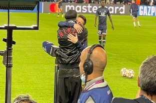 "Ronaldinho: ""En cada entrenamiento, en cada partido, entendimos que Messi era diferente"""