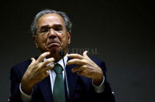 El gobierno brasileño admite que gastará más en ayuda social pensando en la reelección de Jair Bolsonaro
