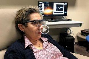 Logran que una mujer ciega vea formas simples y letras con un implante cerebral