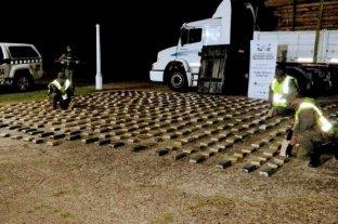 Corrientes: secuestran 397 kilos de marihuana escondidos dentro de un tanque de combustible