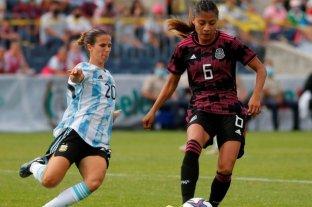 La selección argentina de fútbol femenino fue goleada por México